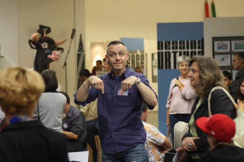 Le crapaud - Jérôme Liniger - festival du dessin de presse de Saint-Just-Le-Martel octobre 2012