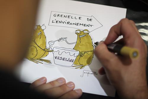 Le crapaud - Nicolas Jacquette - festival du dessin de presse de Saint-Just-Le-Martel octobre 2012 - Grenelle de l'environement, meiux vaut un peu de vaseline - work in progress